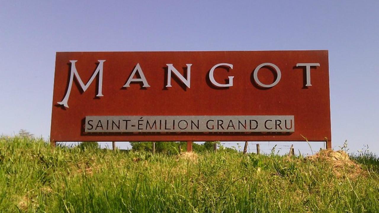 chateau mangot.jpg